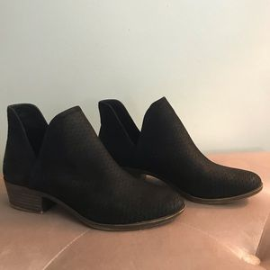 LUCKY BRAND- Brooklin perforated suede booties 9M